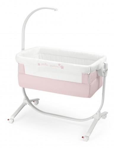嬰兒搖籃床